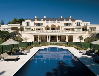 Top 5 Most Outrageously Expensive Celebrity Mansions